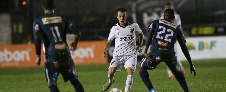 Futebol: Ramon celebra realização de sonho