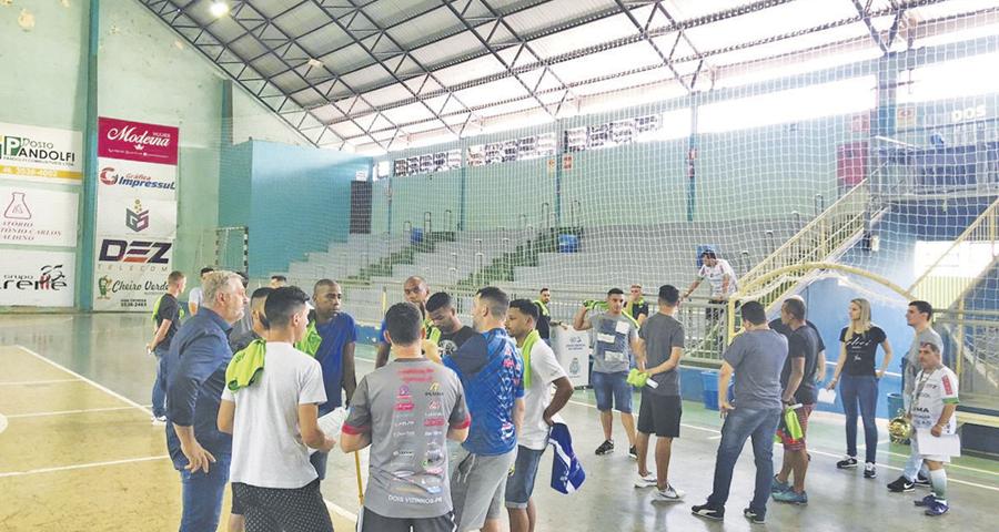 Futsal: Galo/Dois Vizinhos inicia trabalhos