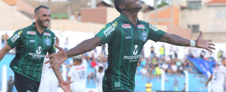 Futebol: Wellisol celebra primeiro gol no Coxa