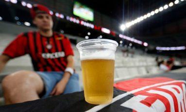 Futebol: STF libera venda de cerveja em estádios