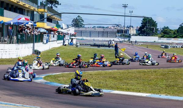 Kart: Raceland abre pista e pilotos aproveitam