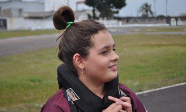 Kart: com pista liberada, Giovana evolui nos treinos