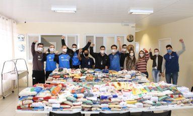 Futsal: Pato entrega um tonelada de alimentos para a APAE