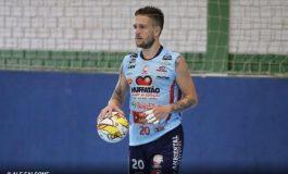 Futsal: Umuarama anuncia retorno de Alê Falcone