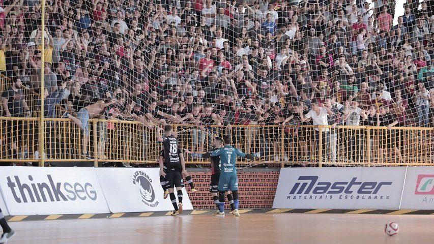 Liga Futsal: estreia do Campo Mourão muda de data
