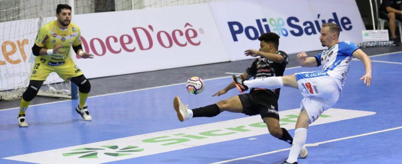 Futsal: Pato e Dois Vizinhos empatam. Veja os gols.
