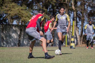 Série D: FC Cascavel encara a estrada em busca da vaga