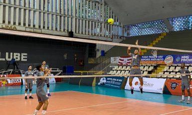 Vôlei: São José e Maringá encaram grupo na Superliga