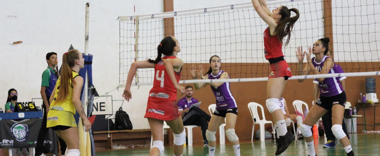 Vôlei: Marechal estreia na Superliga C