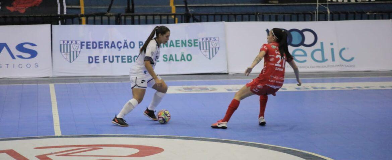 Liga Feminina decide semifinalistas