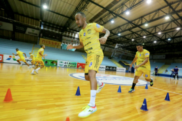 Foz retoma treinos visando a Taça Brasil