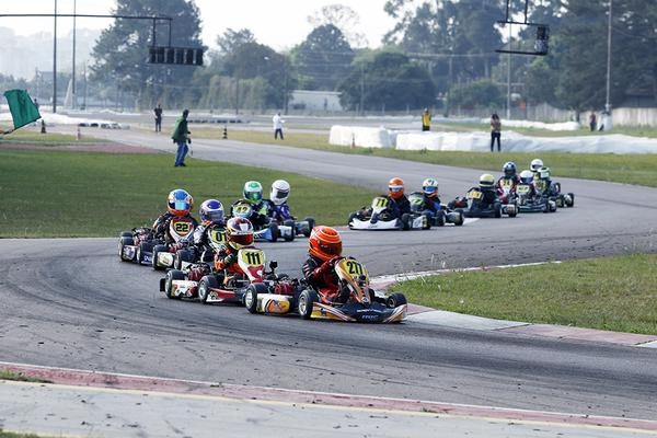 Raceland adia Super Copa e Open do Sul-Brasileiro