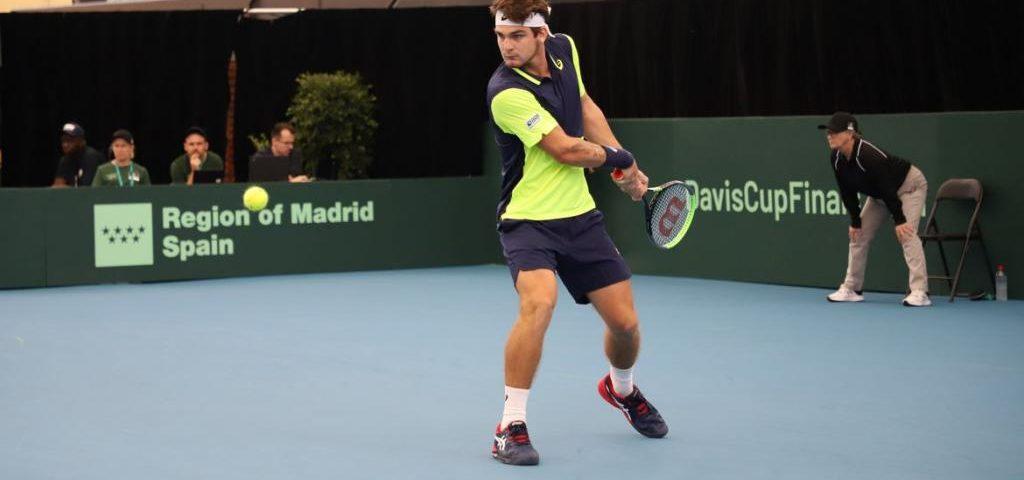 Tênis: Wild avança em Miami