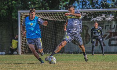 FCC encara Paraná em jogo único do Paranaense