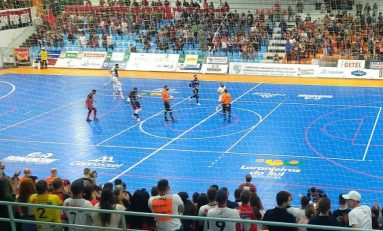Futsal: Campo Mourão fica com última vaga na semi